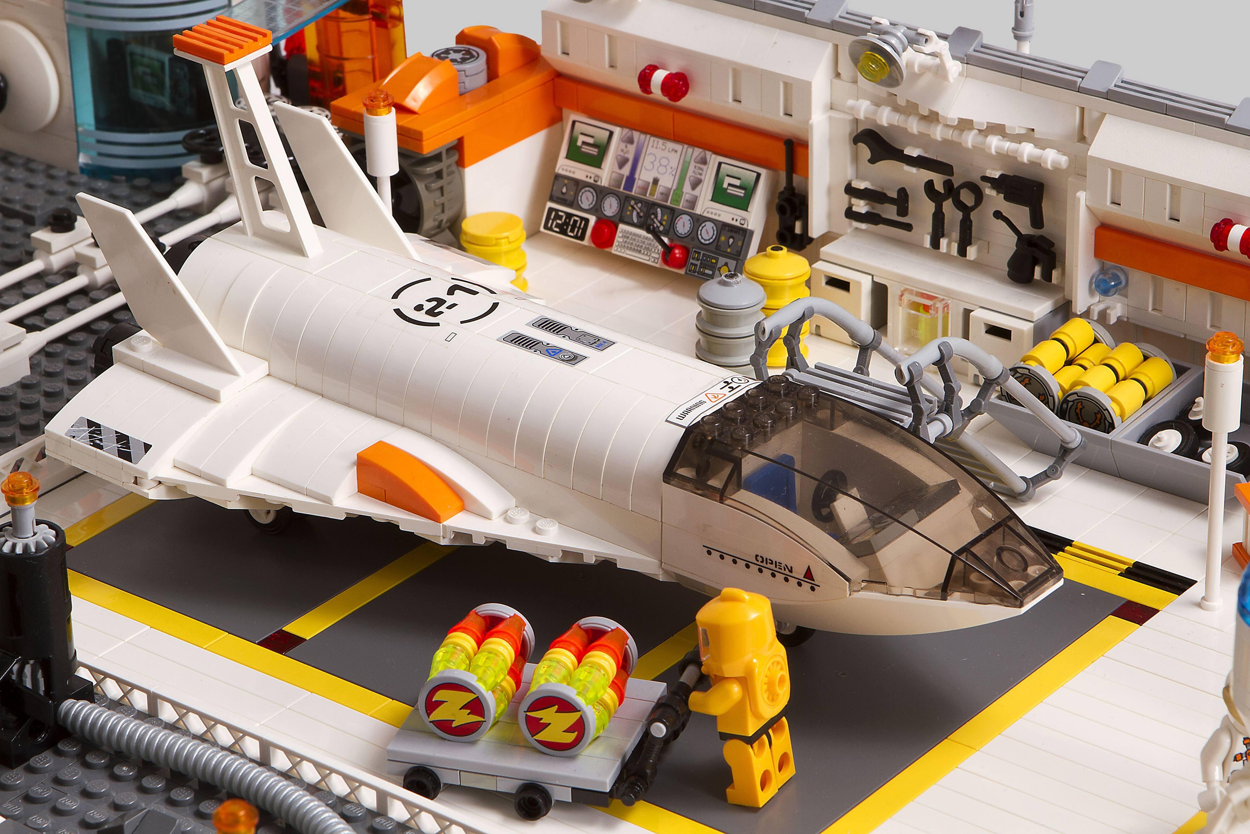 Lego Ideas Lunar Base