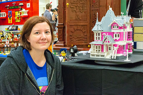 Lego Ideas Coraline S Pink Palace Apartments