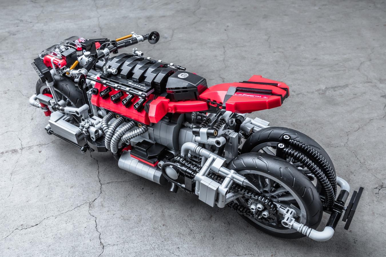 4-Wheel Motorbike Lazareth LM 847