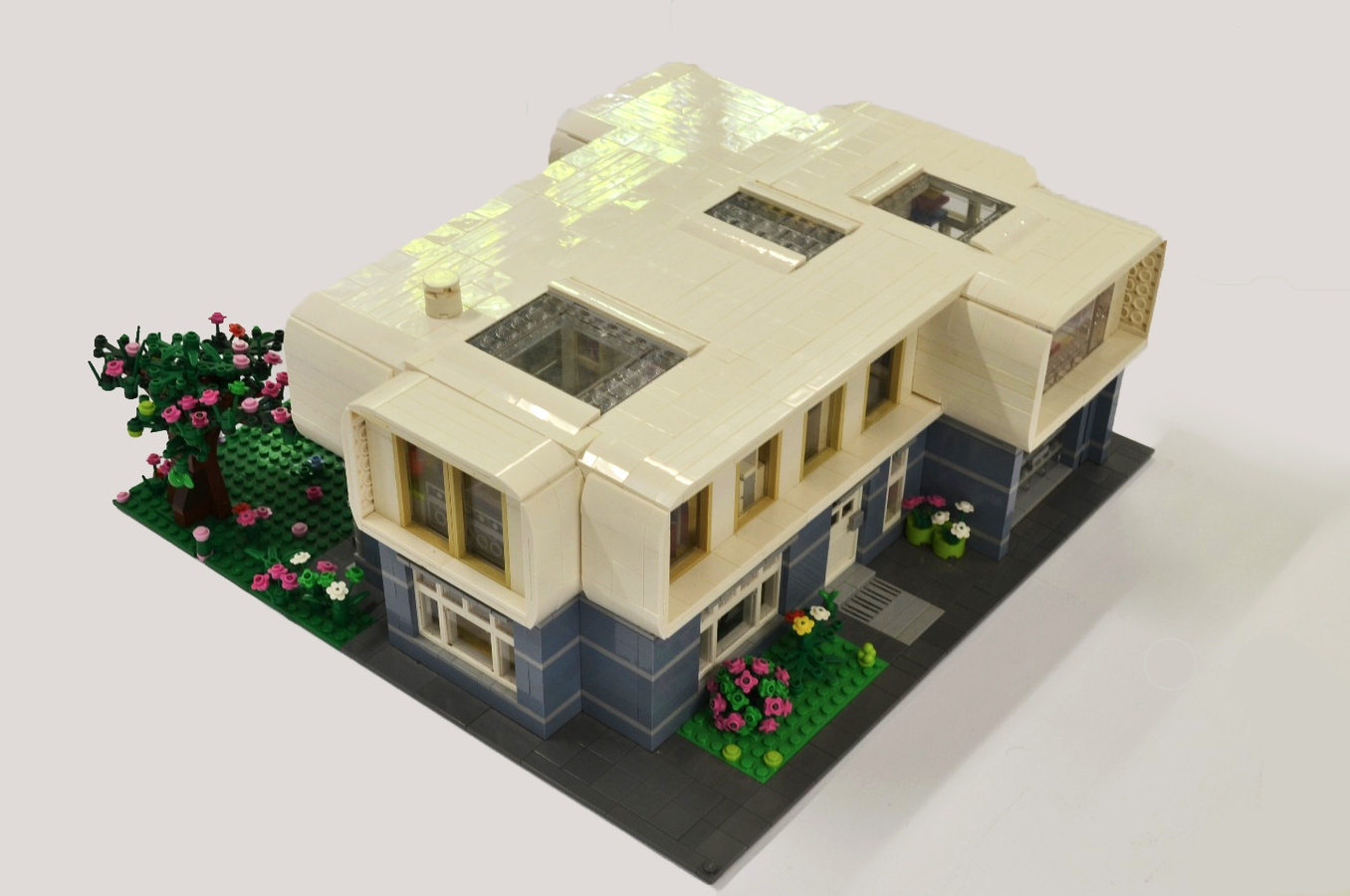 LEGO IDEAS - Product Ideas - Contemporary Modern House