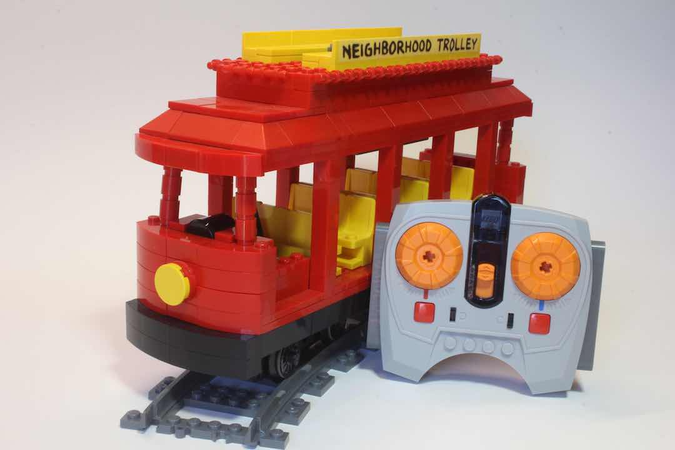 Lego Ideas Mister Rogers Neighborhood Trolley With Power Functions