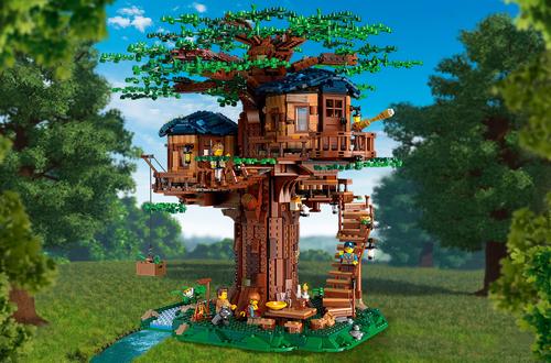 Introducing LEGO Ideas 21318 Treehouse Image