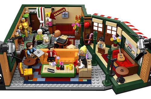 Introducing LEGO® Ideas 21319 Central Perk Image