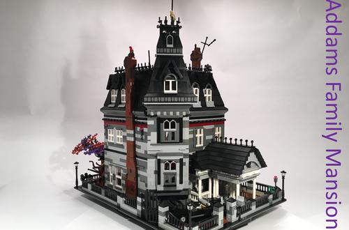 10K Club Interview: Meet Hugh Scandrett of Addams Family Mansion Image